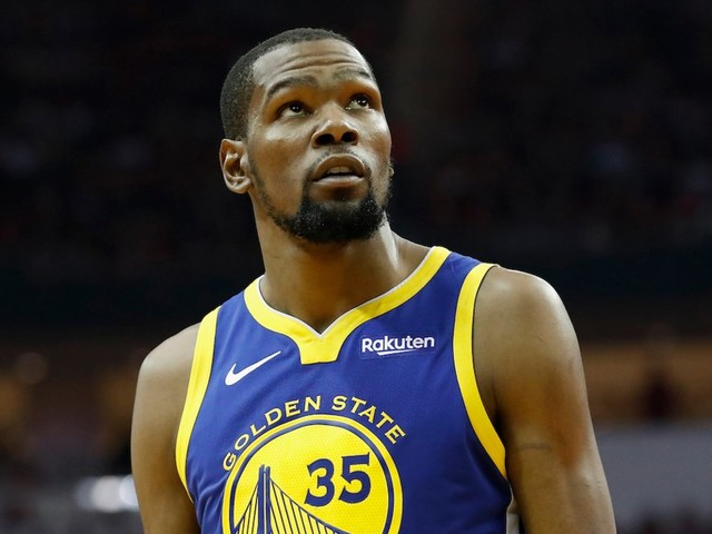 The Warriors are dominating without Kevin Durant and it raises a huge question about the biggest NBA offseason in years