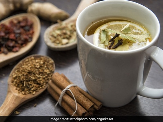 This Ginger-Mulethi Tea Is A Soothing Remedy For Sore Throat, Cold, Cough
