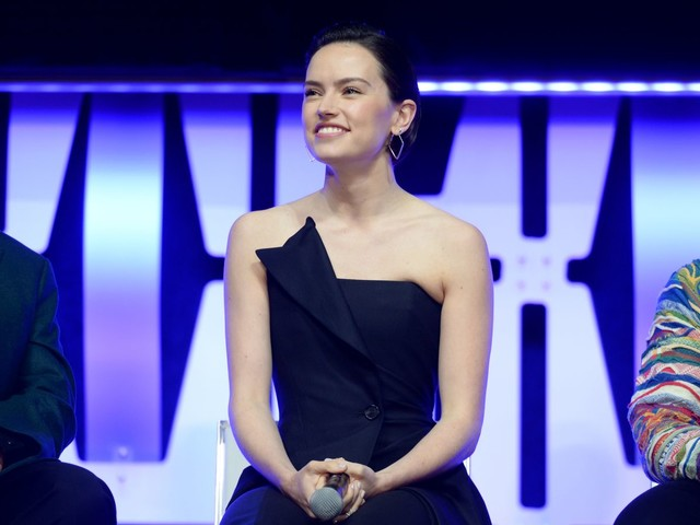 Daisy Ridley says she's not in the next Star Wars trilogy