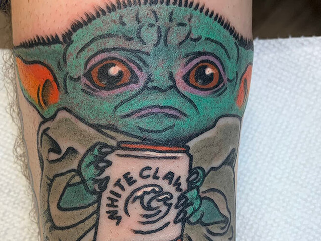 Guy gets mocked for tattoo of Baby Yoda drinking White Claw
