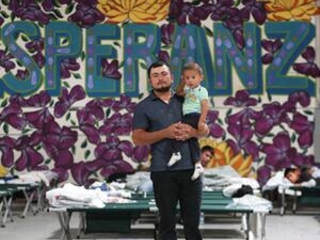 Court: US can reject asylum along parts of Mexico border