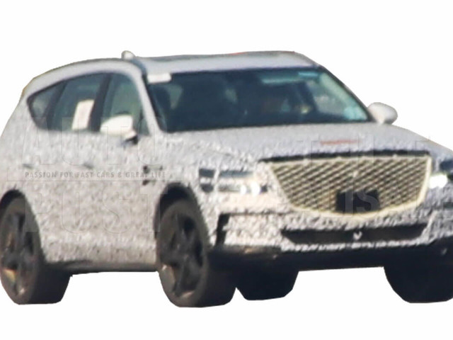 Genesis GV80 SUV Spied In Korea, Should Debut Later This Year
