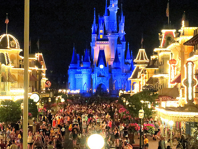 Disney closes theme parks indefinitely amid coronavirus pandemic