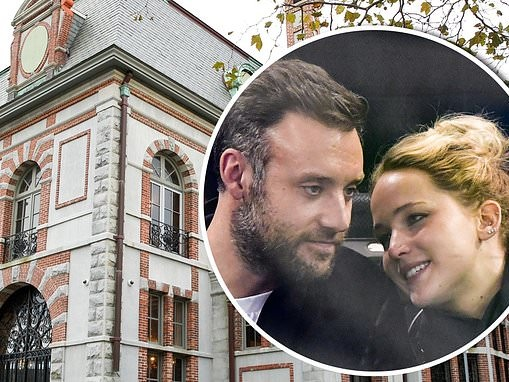 PICTURED: Belcourt Of Newport castle where Jennifer Lawrence is rumored to be tying the knot