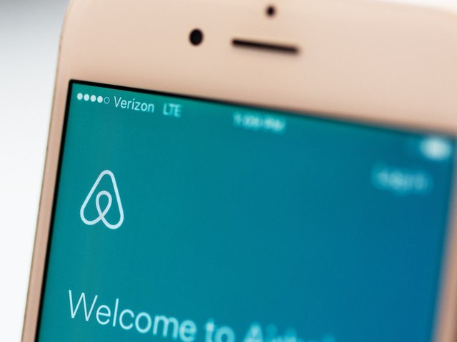 Airbnb will add more oversight to its Experiences program