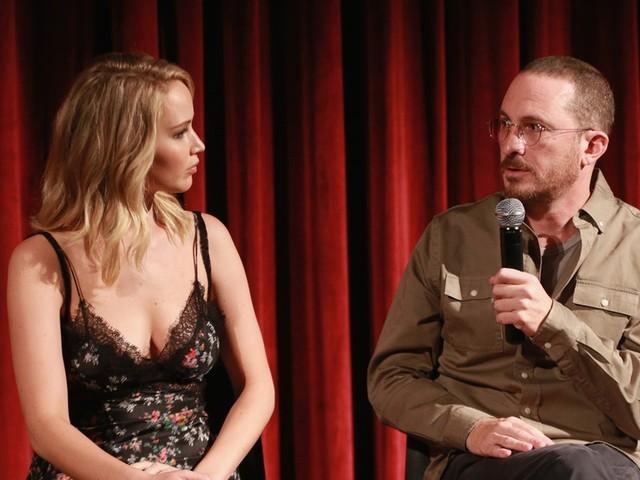 Why Did Jennifer Lawrence & Darren Aronofsky Break Up? Fans Are So Sad