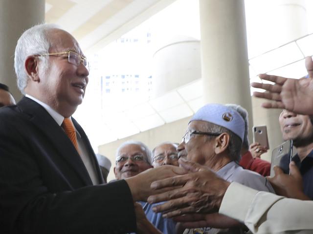 Malaysian ex-PM Najib ordered to enter defense in 1MDB case