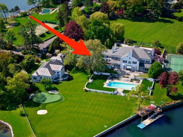 A Connecticut mansion once owned by Donald Trump is on the market at a 29% discount. Take a look inside the $38.5 million estate and its private putting green.