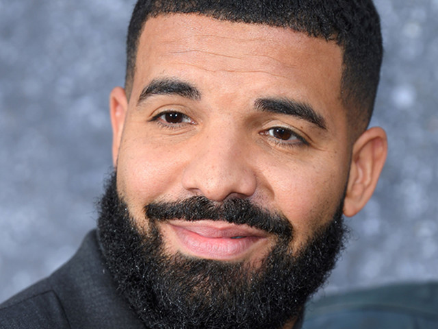 Drake Says He'll Fly Superfan Out for a Show