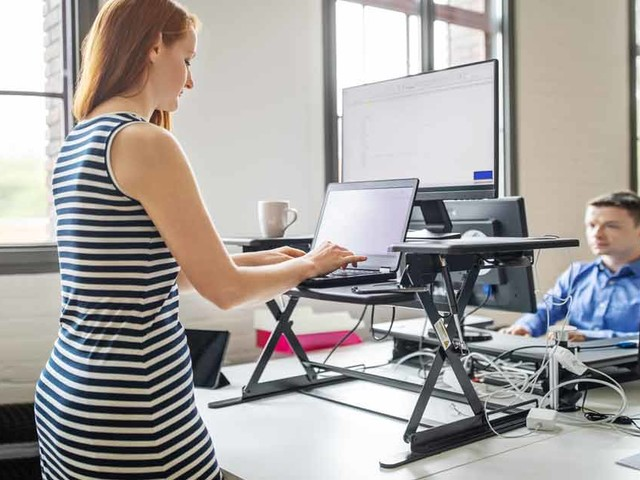 What's the Best Way to Use a Standing Desk?