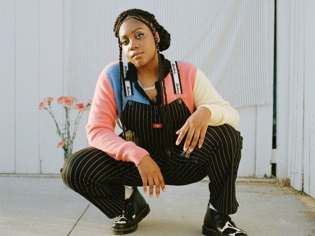 At the 9:30 Club, Noname proved she can out-rap most rappers — even when she's sick