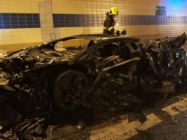 1,250 HP Lamborghini Aventador Carbonado Turns Into Trashado After Burning In Tunnel