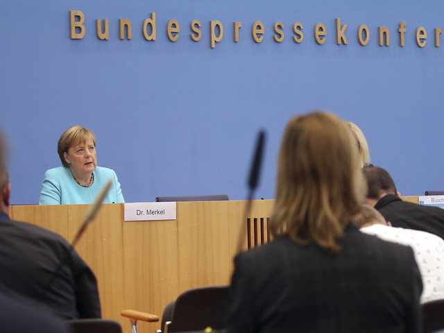 German politicians criticize warning to unvaccinated people
