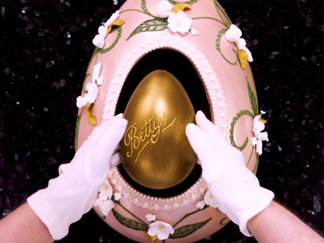 Here's how a 13-pound $646 chocolate egg is made