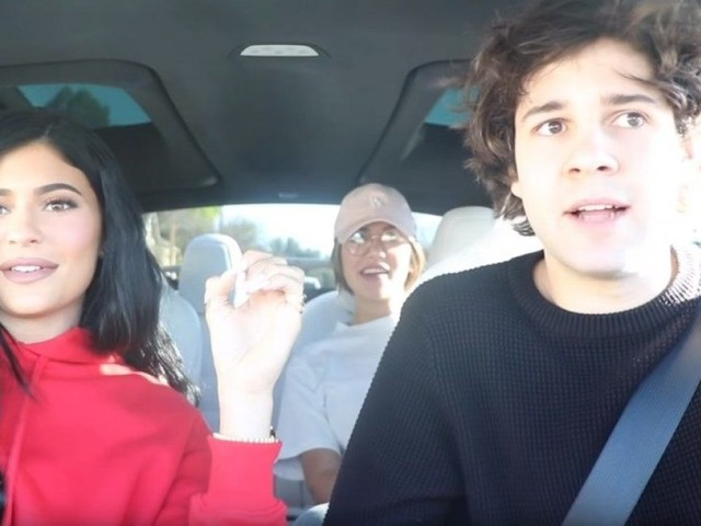 Kylie Jenner and YouTuber David Dobrik surprise strangers at the mall