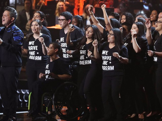 At the Latin Grammy Awards: 'Despacito' takes home 4 trophies; a performance in honor of 'Dreamers'