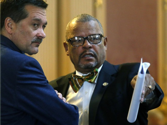 Flush with cash, Virginia lawmakers push bigger raises for teachers
