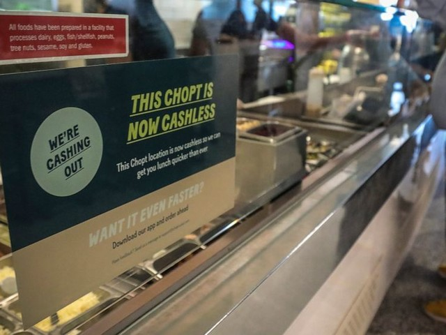 New York City Council votes to ban cashless businesses