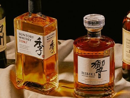 The Complete Guide to Suntory Japanese Whisky: Important Brands and Bottles Explained