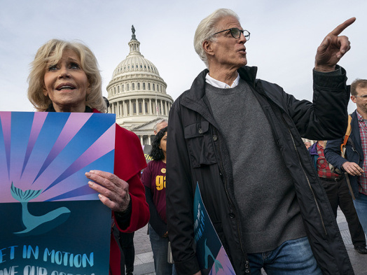Jane Fonda, Ted Danson Arrested During Ongoing Climate Change Protest