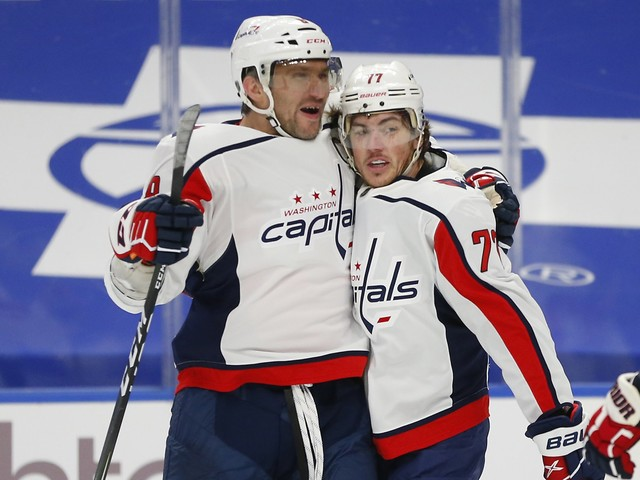 T.J. Oshie leads the way as Capitals defeat Sabres