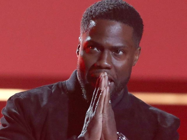 Kevin Hart Makes First Official Appearance at People's Choice Awards 2019 Following Near-Fatal Accident