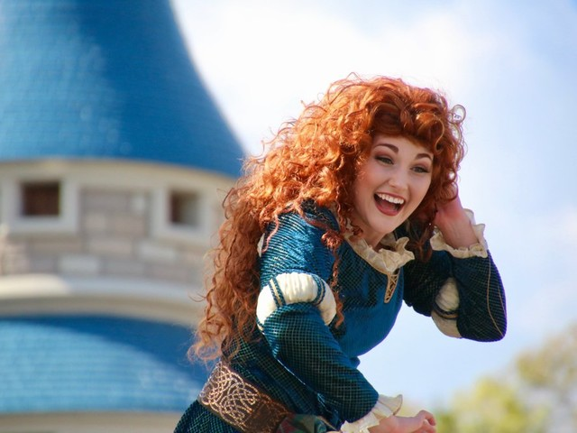 Taking Your Best Pictures of the Festival of Fantasy Parade in Magic Kingdom