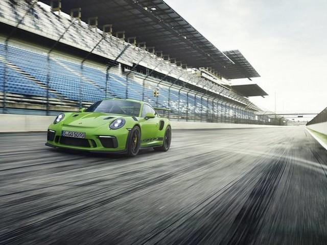 Hulk-Green 2018 Porsche 911 GT3 RS Leaks Prior to Debut