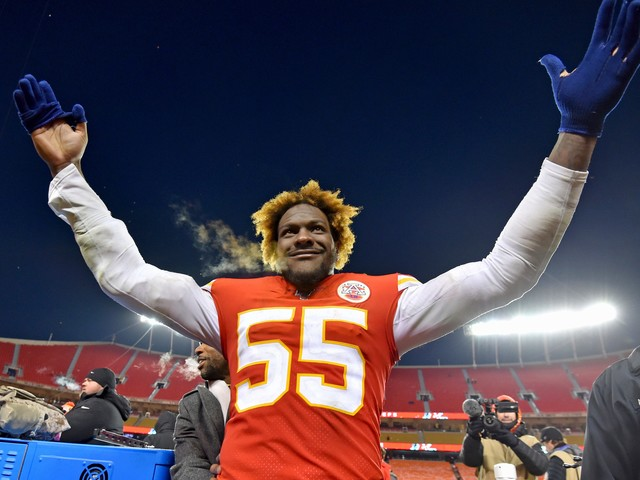 Chiefs' Frank Clark lets loose in expletive-filled interview after AFC championship win over Titans