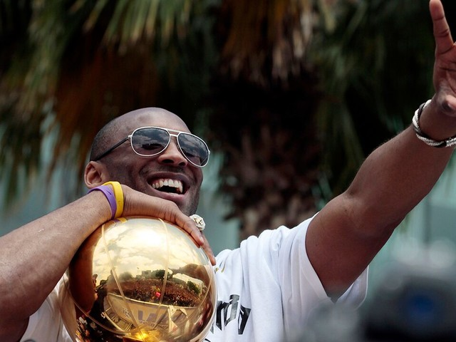 Kobe Bryant petition to change NBA logo to late NBA legend receives more than 1 million signatures