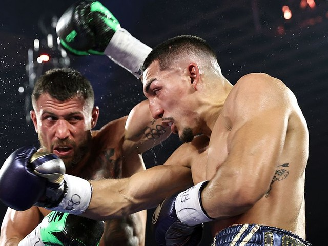 Boxing and MMA stars react to Vasiliy Lomachenko's upset loss to Lopez, wide scorecard