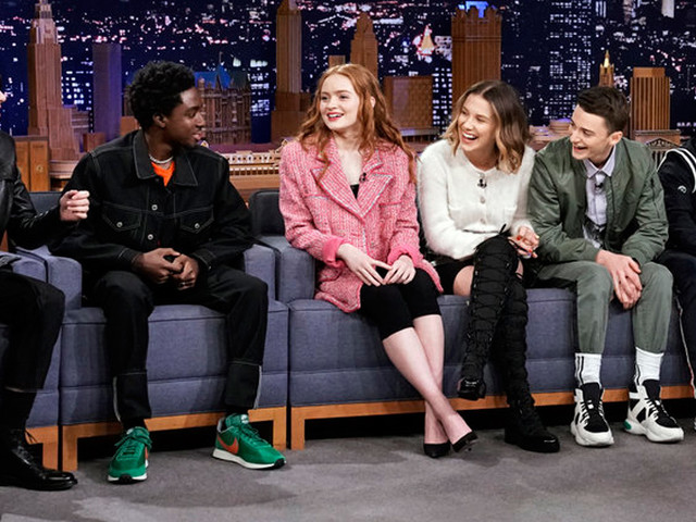 'Stranger Things' Cast Open Up About Filming Season 3 Inside a Working Mall