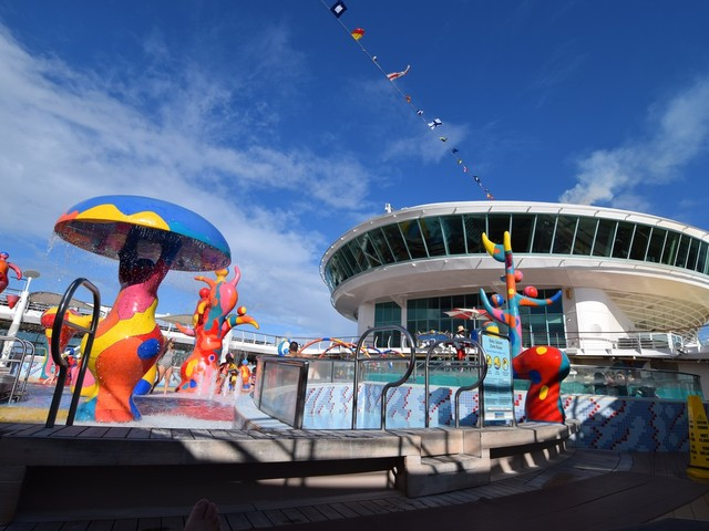 Freedom of the Seas Live Blog - Day 1 - Embarkation