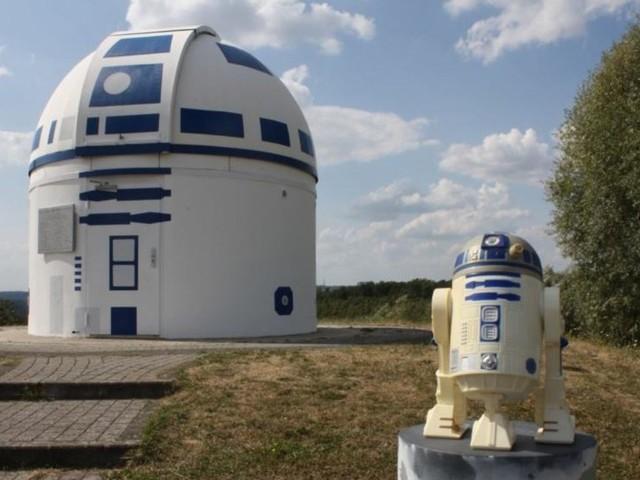 Bleep-blooping Germans transform observatory into R2-D2