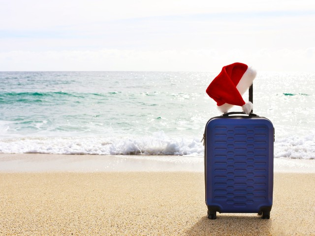 4 ways to pay too much for holiday airfare