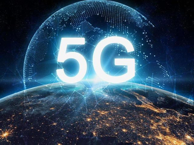 Scientists & Doctors Send Letter To Donald Trump Calling For A Moratorium On 5G Wireless Technology