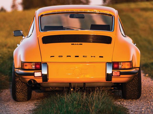 """German Billionaire Sues Car Dealer That Sold Him """"Unsafe"""" Classic Porsche 911"""