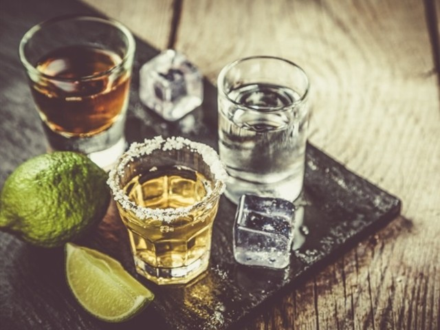 Moderate alcohol consumption linked with lower risk of hospitalization