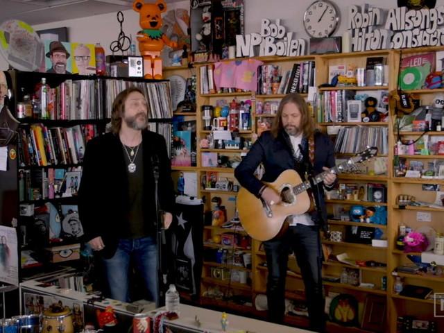 The Black Crowes Perform NPR Music 'Tiny Desk Concert'