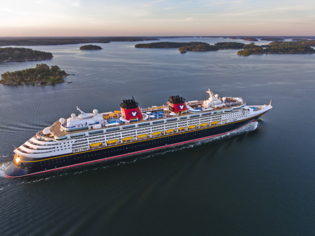 11 Ways to Go on a Disney Cruise for Less