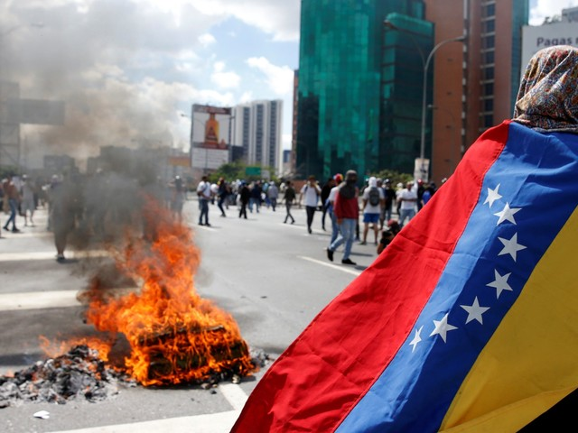 US to withdraw all its embassy staff in Venezuela as the country continues to plunge into crisis