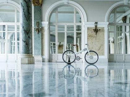 Meet Coleen, an e-bike modelled after a classic Jean Prouvé design