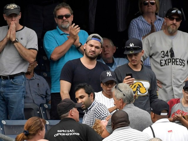 Every parent's nightmare played out with foul ball at Twins/Yankees game