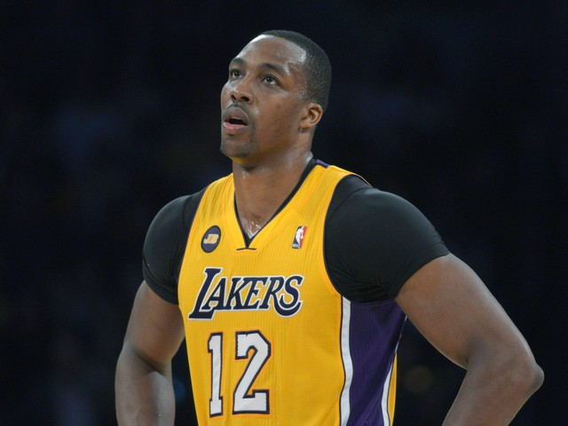 Twitter has a field day with rumors of Dwight Howard-Lakers reunion