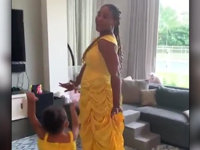 Tennis star and daughter are twinning in Instagram video