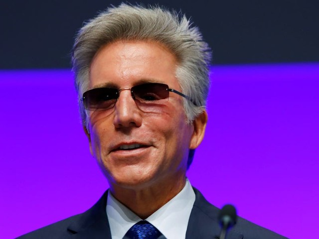 SAP CEO Bill McDermott resigned six months after activist investor Elliott elbowed in (SAP)