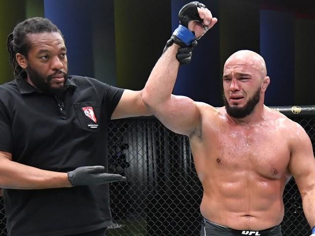 Latifi broke his arm during gruelling win over Boser