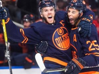 McDavid nets hat trick, Oilers douse Flames 5-2