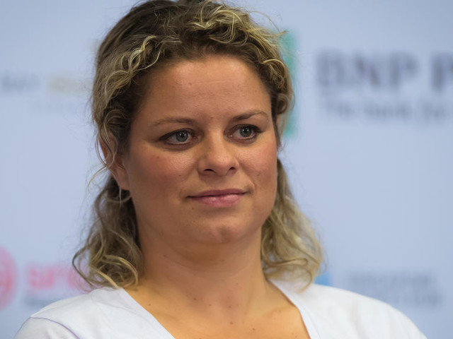 """""""What's The Point""""- Kim Clijsters Outraged at Australian Open's Playing Conditions"""