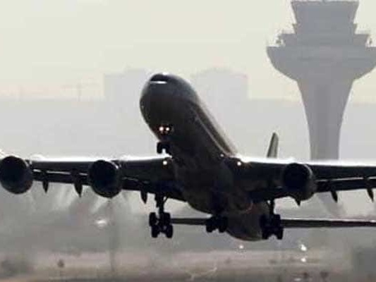 Singapore-Bound Plane Makes Emergency Landing In Manila As Engine Fails